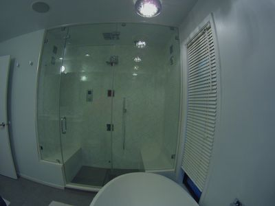 Kohler digital Spa shower with 6 shower heads