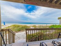 Captain Ron's Beach Pad: Direct Gulf Front Condo, 2 Steps to the Sands, Views!!!