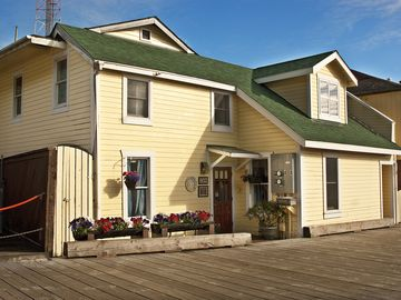 Ketchikan apartment rental - Thomas Street Vacation Rental triplex contains the Apartment for your stay.