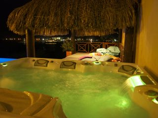 Curacao villa photo - Relax in the brand new Sundance SPA under the stars next to palapa and pool