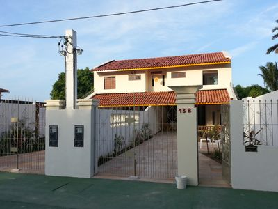 Three-bedroom houses (a suite) 100 meters from the beach on the island.