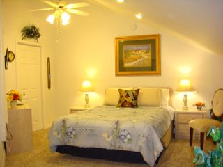 Branson condo photo - Upstairs cozy bedroom with queen bed and flat screen TV