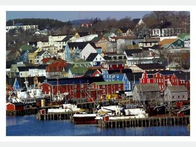 Lunenburg cottage rental