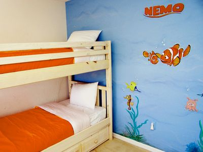 Bedroom 7: Finding Nemo theme