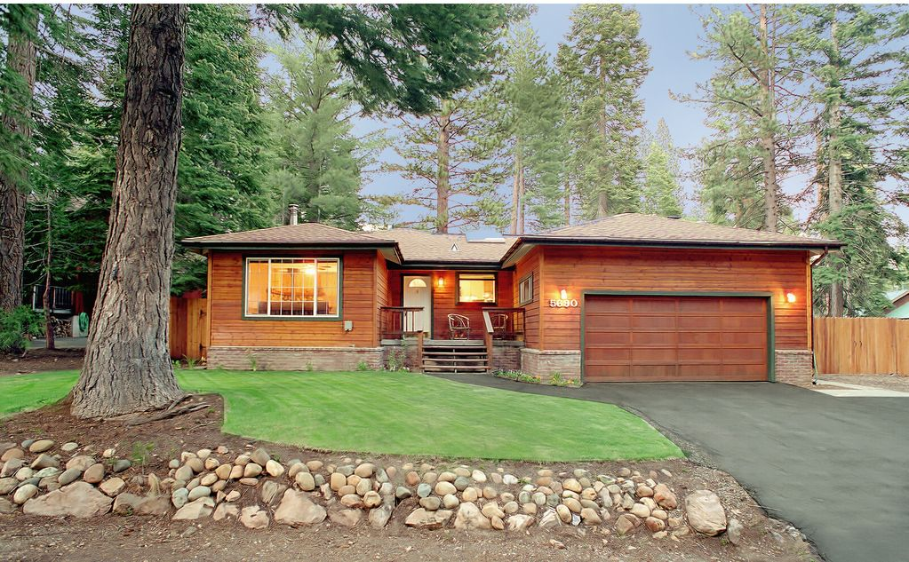 carnelian bay big and beautiful singles But you have to ask yourself what you want from your winter trip to big  north lake tahoe vs south lake tahoe  of tahoe vista and carnelian bay.
