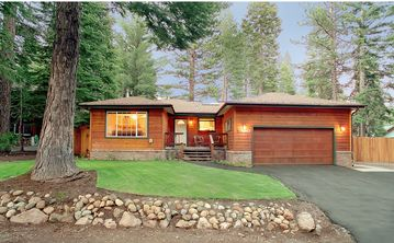 Northstar house rental - Cedar Home between Northstar & Squaw. 2 blocks to the beach.