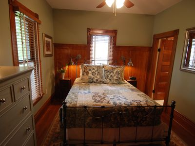Saugatuck / Douglas house rental - 1st Floor Queen bedroom with private bath