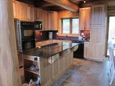 HICKORY, GRANITE, STAINLESS STEEL KITCHEN WITH DOUBLE OVENS!
