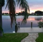 Gorgeous 3br Waterfront Home W/ Pool And Dock