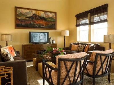 Magnificent Island Style Furnishings with just the right touches of comfort