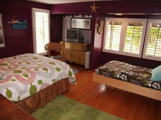 Del Mar house photo - Guest Suite: overlooking pool; with queen bed and twin Murphy bed
