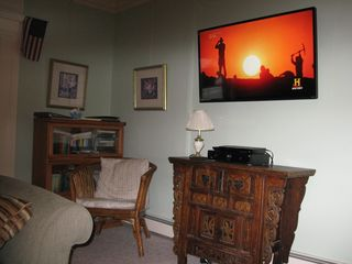 Ocean Grove house photo - 47' Smart TV with Netflix in LR -- choose from thousands of movies or TV series.
