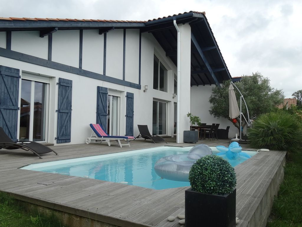 House 140 square meters, close to the sea , Bidart, France
