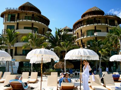 El Taj Ocean is located on the beach with its own beach club.
