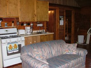 Pittsburg cabin photo - Love seat