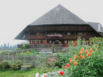 Comfortable 3 bedroom apartment with rural charm in Emmental farmhouse