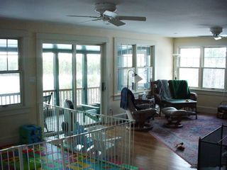 Union house photo - Living room