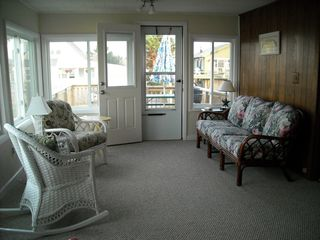 Hill's Beach cottage photo - Living Room
