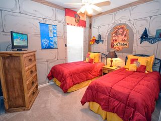 Windsor Hills villa photo - Harry Potter themed twin room #1