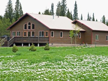 West Yellowstone cabin rental - Elk Crossing Vacation Home