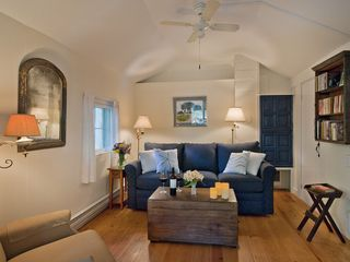 Woodstock studio photo - The living area is cozy + sweet, with a flat screen HDTV with a Blu-Ray player