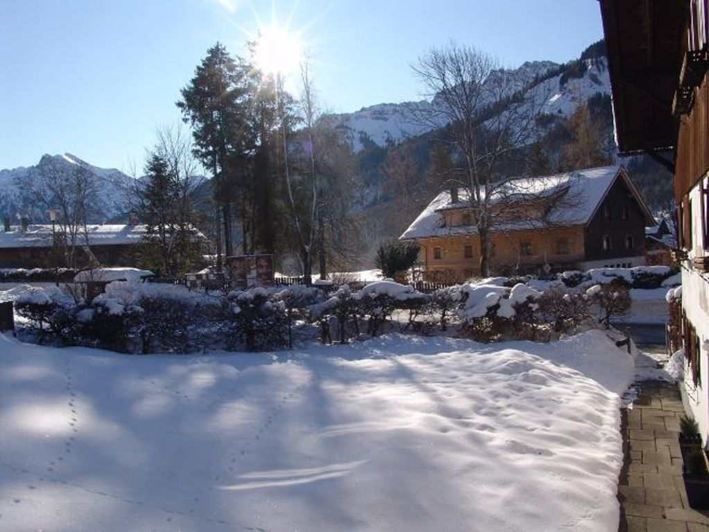Vacation Apartment, calm area with mountain view - 2.Etage