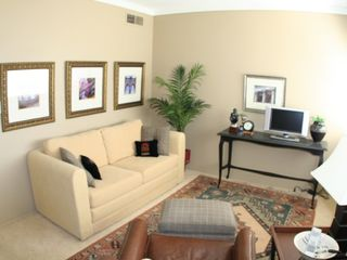 Old Town Scottsdale townhome photo - Den with office space and high speed wireless access