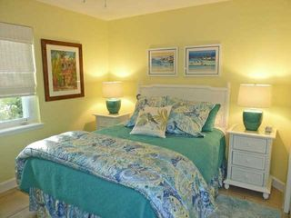 Ponte Vedra Beach house photo - Queen bedroom, TV/DVD, Ralph Lauren bedding