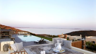 | Diles & Rinies Estate | Villas in Tinos