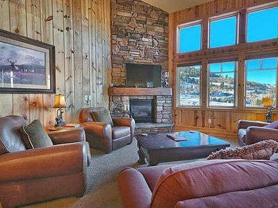 Family Room with beautiful mountain views.