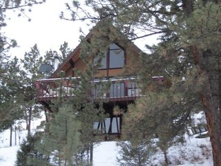 Luv shack with hot tub very peaceful homeaway glen haven for Glen haven co cabin rentals