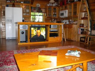 Lake Bob Sandlin lodge photo - Full entertainment center under the breakfast bar