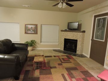 Fayetteville studio rental - Living area, front entrance