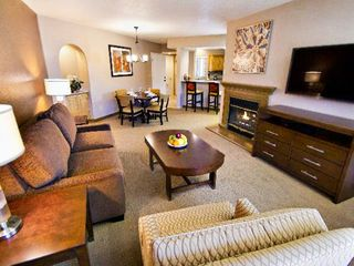 Sedona condo photo - Living Room w/ Fireplace in One Bedroom Unit at the Ridge on Sedona Golf Resort