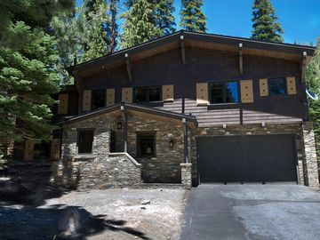 Mammoth Lakes house rental - Front House