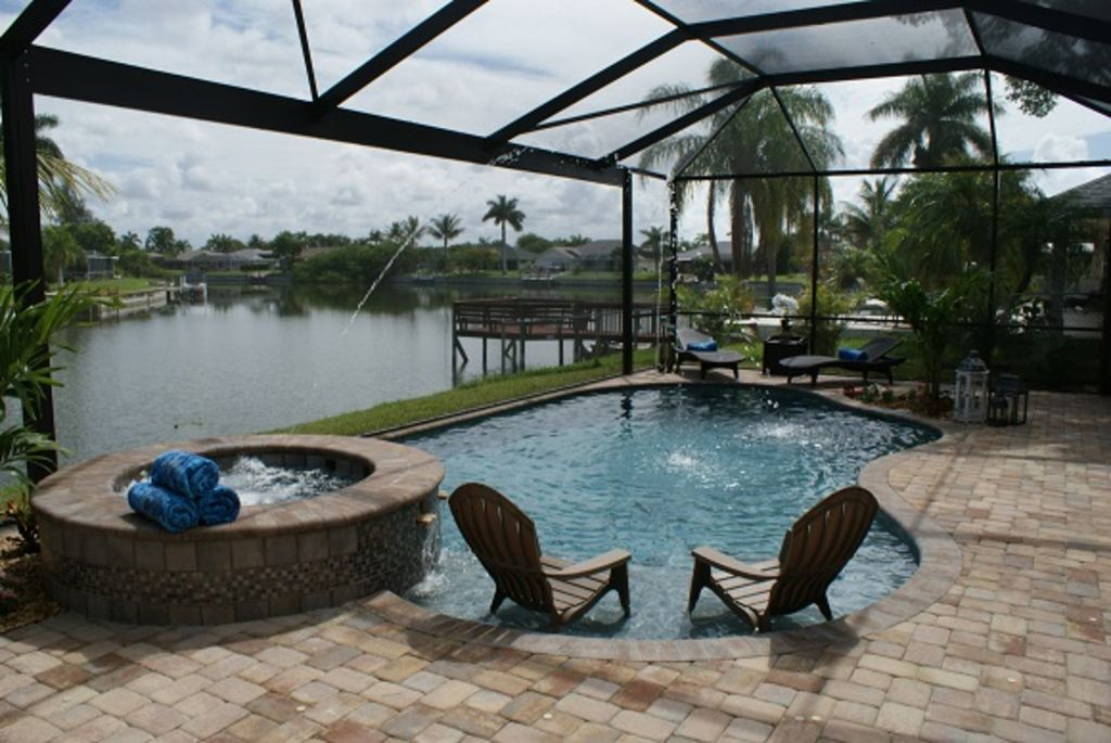 GORGEOUS WATERFRONT PARADISE. Now booking for summer vacations!