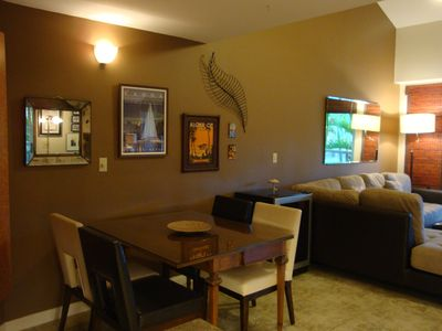 Kihei condo rental - dining area