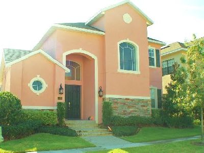 Reunion house rental - 3300 sq.ft & just over the road from the Grande Hotel - walk to main facilities