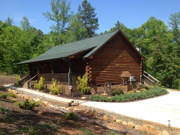 Rutherfordton cabin rental - Come on in