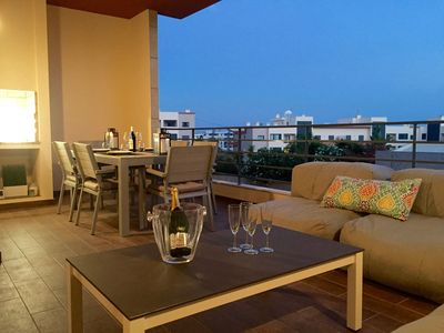 Luxurious 3 bedroom apartment, Lagos Portugal, beach and nearby marina