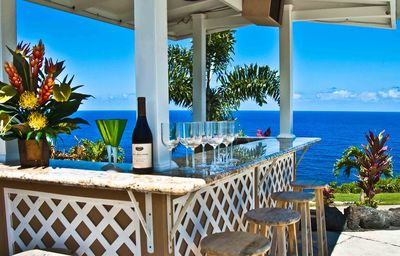 Pool side Tiki bar were you will be injoying ocean views