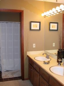 Master Bath - double vanity with oversized jetted tub
