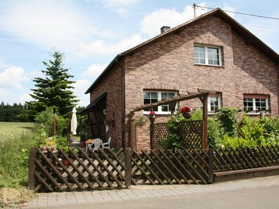 Comfortable 6- pers. house at approx. 100 m. from the forest.