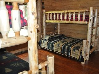 Woodstock lodge photo - Bunk Bedroom