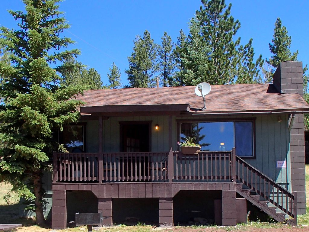 In greer village 2 bedroom cabin with a vrbo for Cabins near greer az