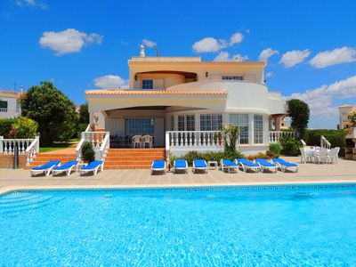 Luxury new 6 bedroom detached villa with private swimming pool