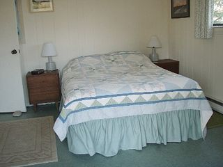 Chilmark house photo - Double bedroom, with sliding door to garden.