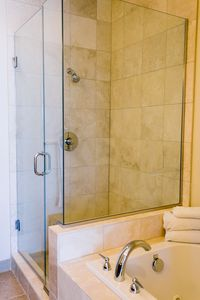 2nd Level Ensuite Shower and Bath Tub