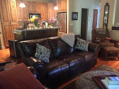 Beautiful Townhome - Wi-Fi - Spa and All the Comforts of Home