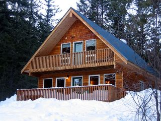 Mazama cabin photo - Winter Exterior